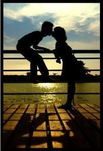 Love-3-love-7843647-301-441